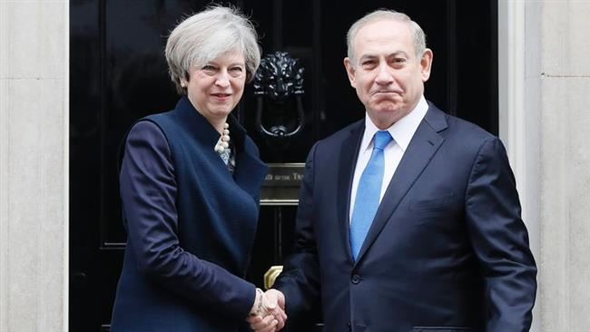 Britain's Prime Minister Theresa May (left) greets Prime Minister Benjamin Netanyahu of Israel at Downing Street in London, Monday, Feb. 6, 2017. (Photo by AP)