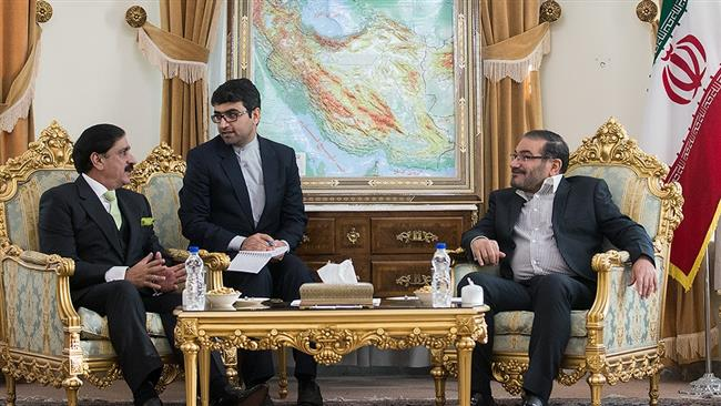 Secretary of Iran's Supreme National Security Council Ali Shamkhani (R) meets National Security Adviser of Pakistan Lt. Gen. Nasser Khan Janjua in Tehran on January 7, 2018. (Photo by Fars news agency)