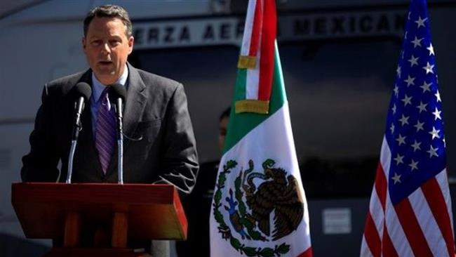 US Deputy Chief of Mission in Mexico John Feeley speaks during a ceremony in Mexico City, Mexico, November 8, 2010. (Reuters photo)